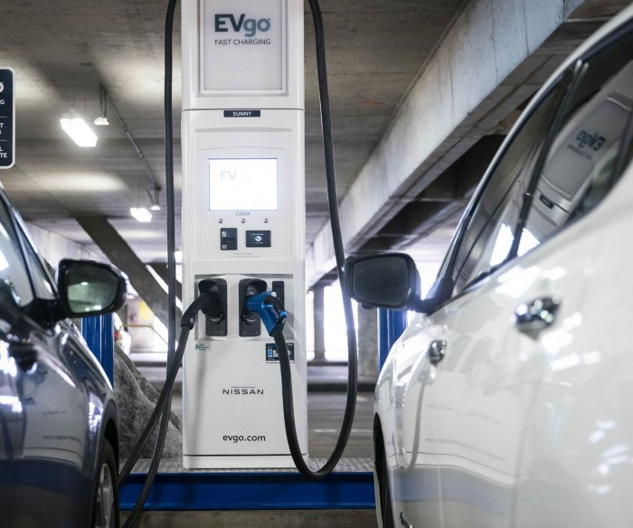 Joe Biden calls for up to 50% of new vehicles to be electric by 2030