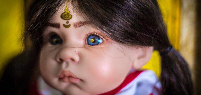 'God dolls' become a huge sensation in Thailand