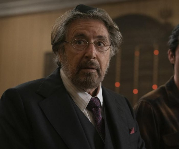 Acting icon Al Pacino brings his theater experience to 'Hunters'