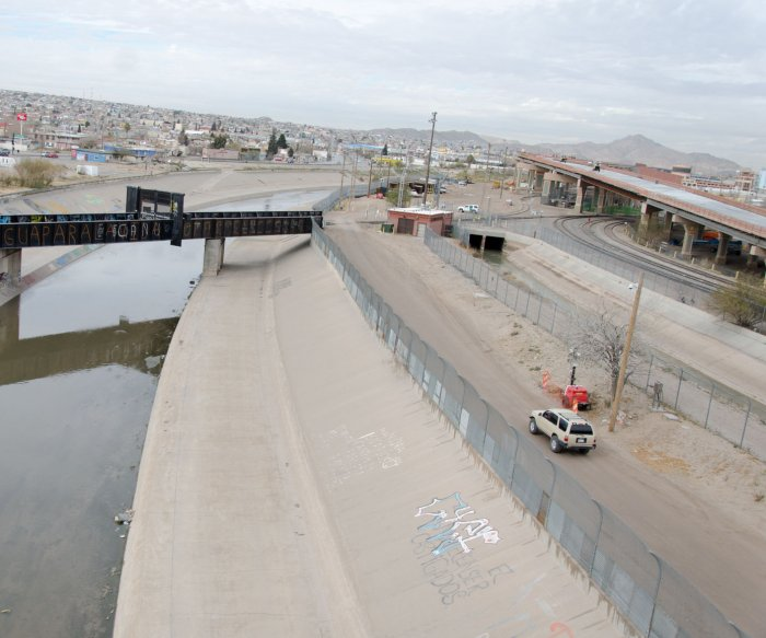 Low crime in El Paso predates 'wall'; smugglers are U.S. citizens