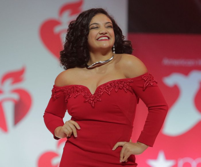 Laurie Hernandez back in training with an eye on 2020