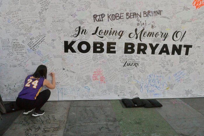 Mourning NBA icon Kobe Bryant