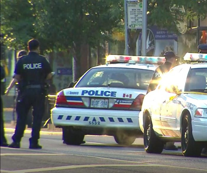 1 dead, 13 hurt, gunman killed in Toronto shooting