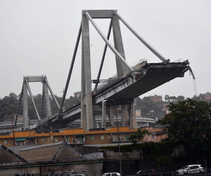 Bridge collapses in northern Italy; at least 22 dead