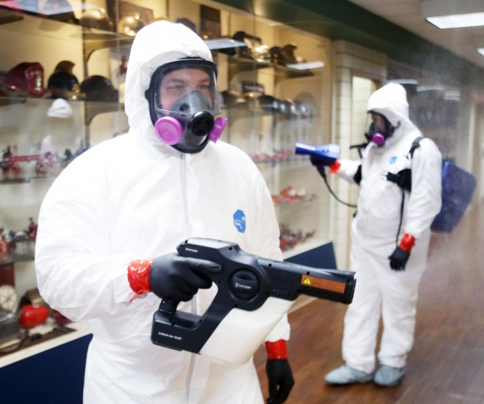 U.S. copes with COVID-19 pandemic