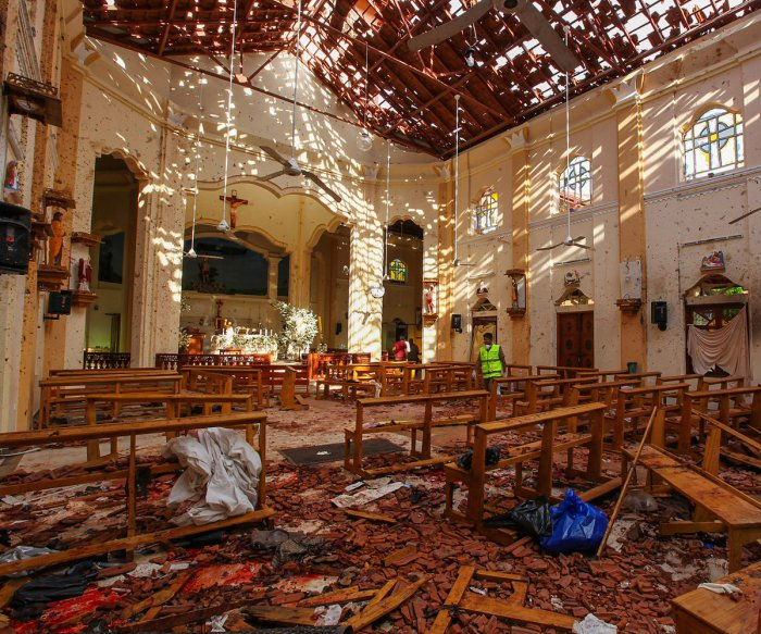 Death toll rises to 290 in Sri Lanka's Easter Sunday attacks
