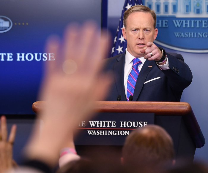 White House: Change coming for transgender restroom policy