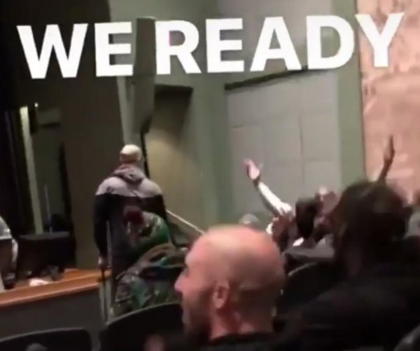 Eagles have dance party before NFC Championship