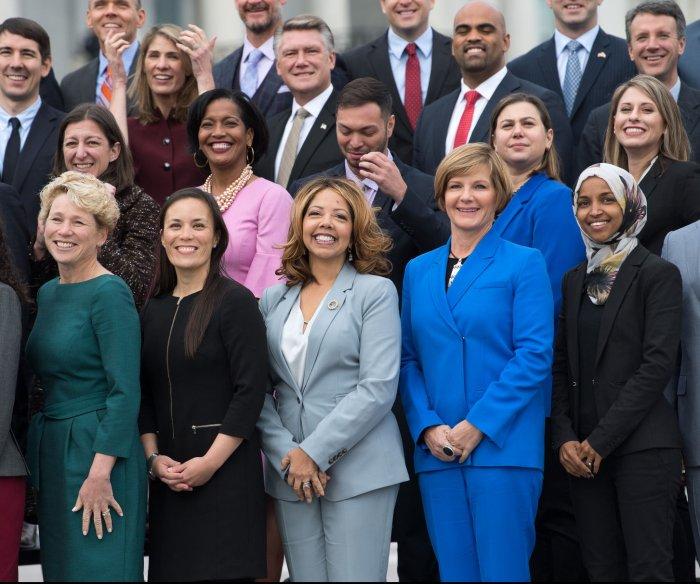 Senate leaders keep their posts; McCarthy gets House post