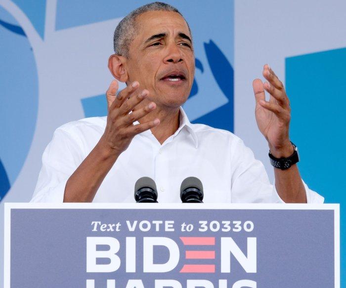 Obama speaks at drive-in rally for Biden in Miami