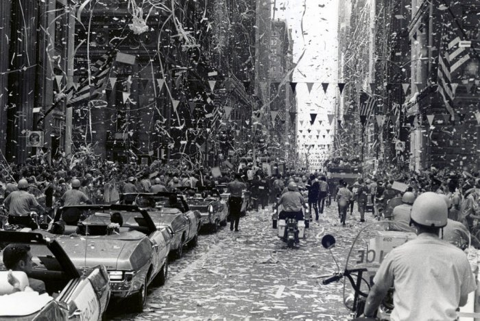 Astronauts emotion filled at ticker tape parade