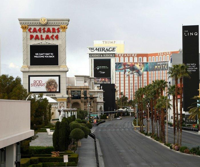 Las Vegas casinos get green light to reopen next week