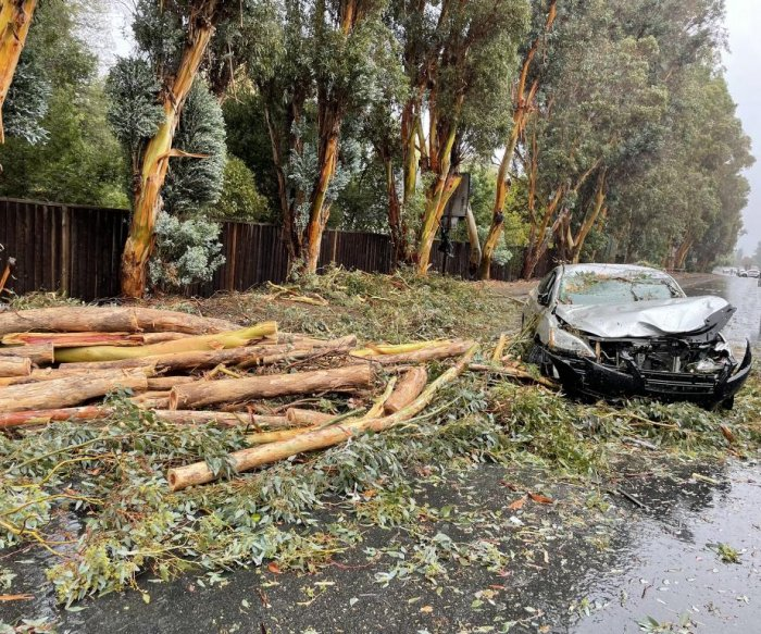 Bomb cyclone bashes California; flooding, mudslides reported