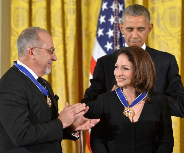 Gloria Estefan among 17 Medal of Freedom recipients