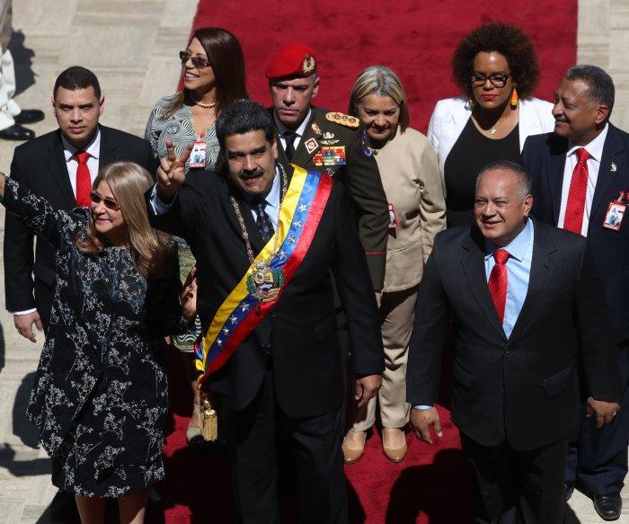 Maduro raises minimum wage in Venezuela to $6 per month