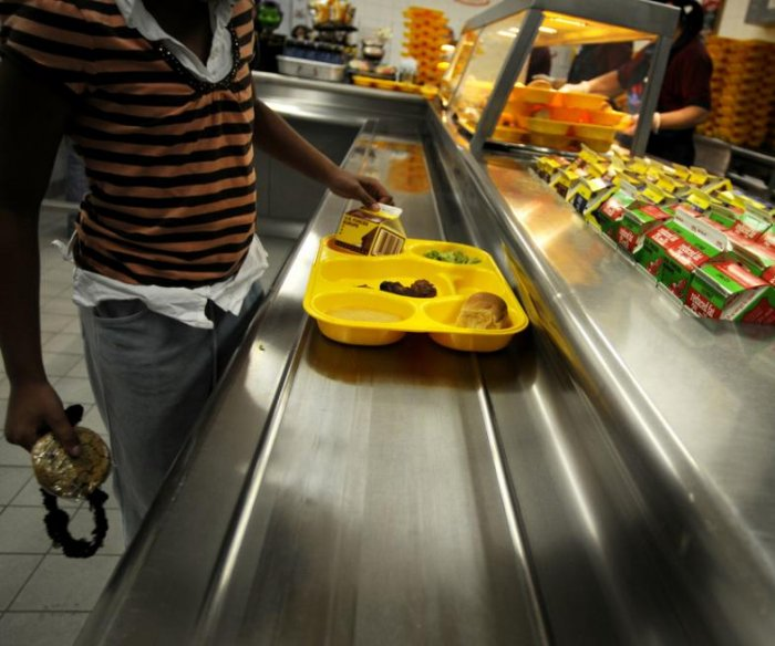 School cafeterias waste 530K tons of food per year