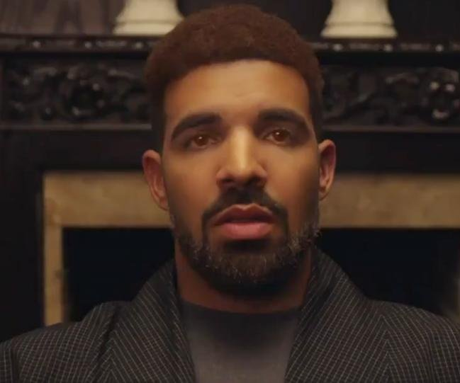 Drake roasts LaVar, Draymond, LeBron's hairline at NBA show