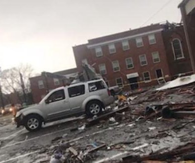Tornado causes damage in Alabama town