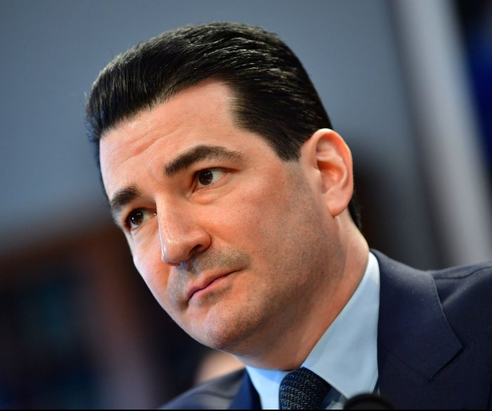 FDA resumes some inspections as workers return -- without pay