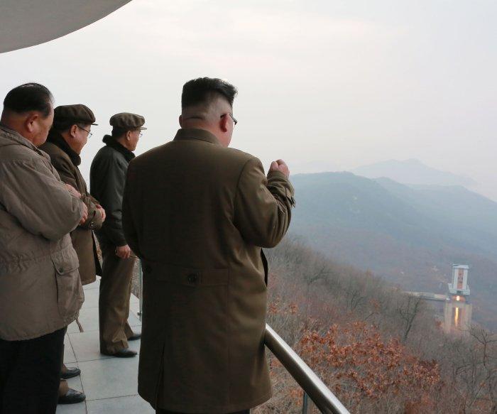 Ex-ambassador: 'No good military options' against North Korea