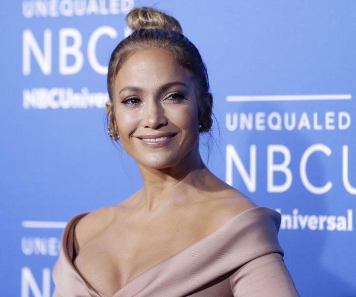 Jennifer Lopez pledges $1M to aid hurricane victims