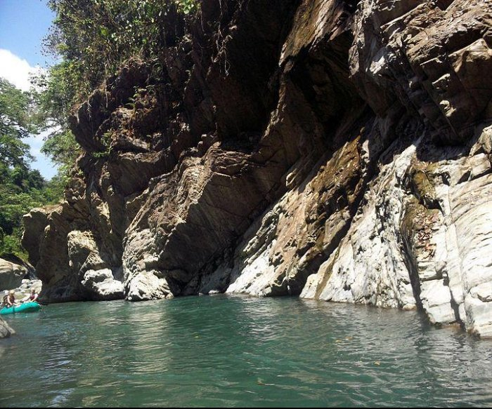4 American tourists among 5 killed while rafting in Costa Rica