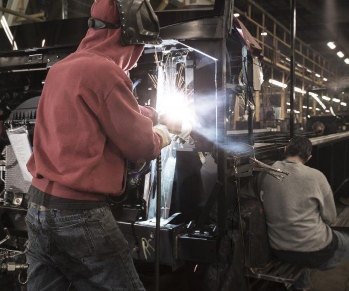 Steel tariffs rattle Indiana town that relies on RV manufacturing