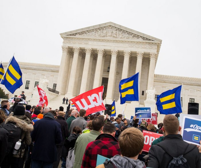 Supreme Court to decide if U.S. law covers LGBT job discrimination
