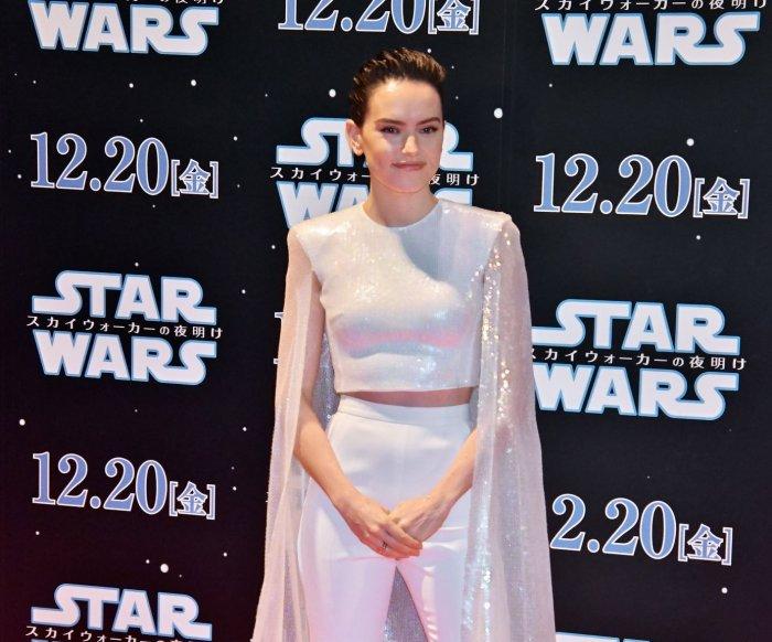 Daisy Ridley, John Boyega attend 'Star Wars' premiere in Tokyo