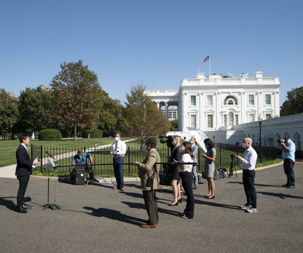 Scenes from the White House as coronavirus hot spot