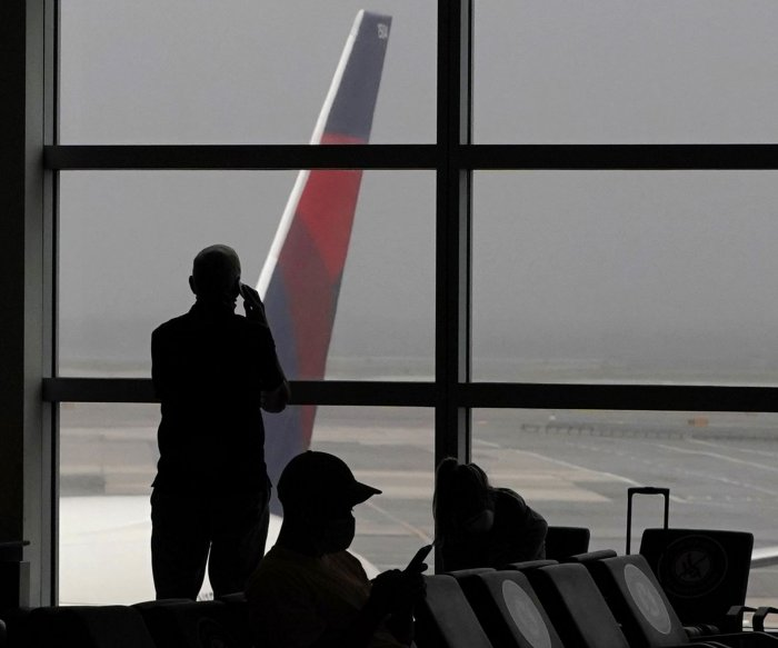 Poll: More than half of Americans 'uncomfortable' flying amid COVID-19