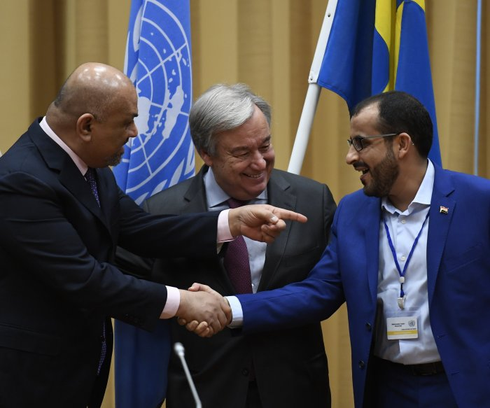 Yemen peace talks produce cease-fire for relief aid in key port city