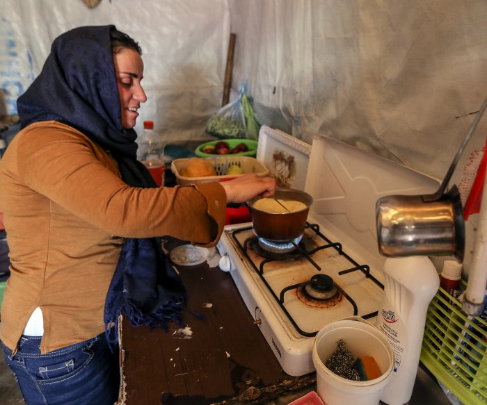 As refugees, Syrian women find liberation in working