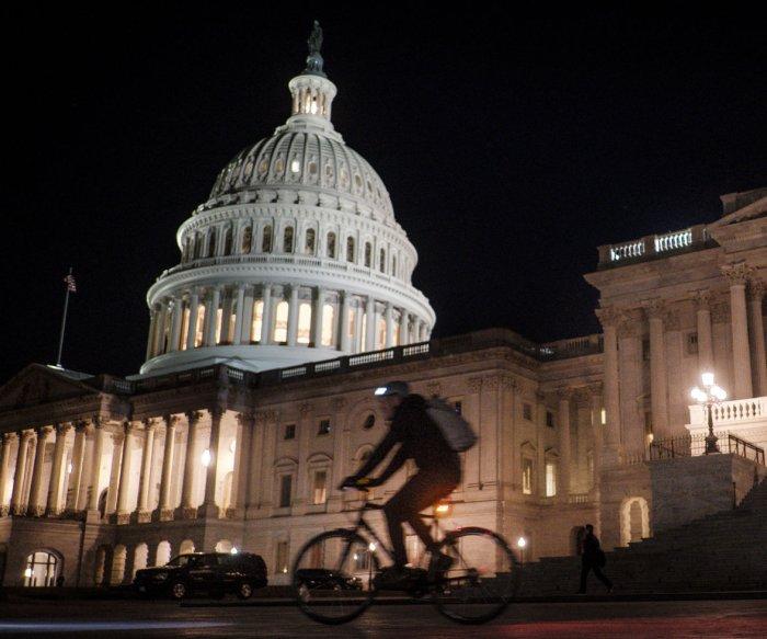 Government shuts down as Senate fails to reach deal