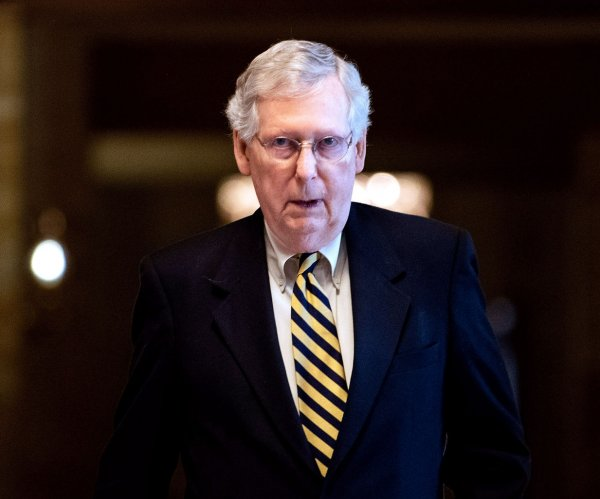McConnell blocks resolution to make Mueller report public
