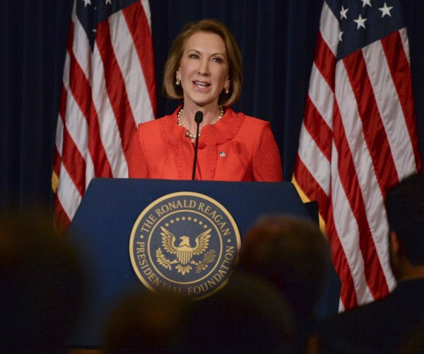 Carly Fiorina speaks in Simi Valley, California