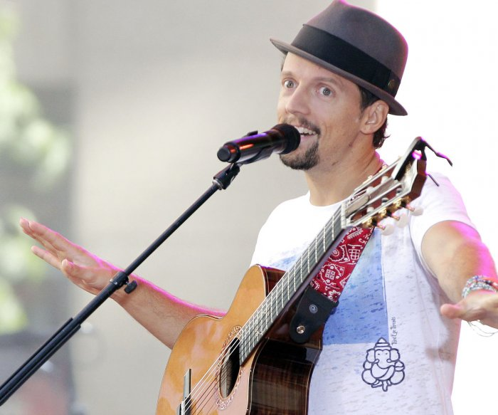 Jason Mraz 'encouraged and inspired' by NAMM award