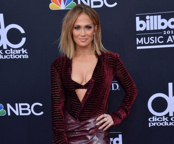 Billboard Music Awards red carpet arrivals