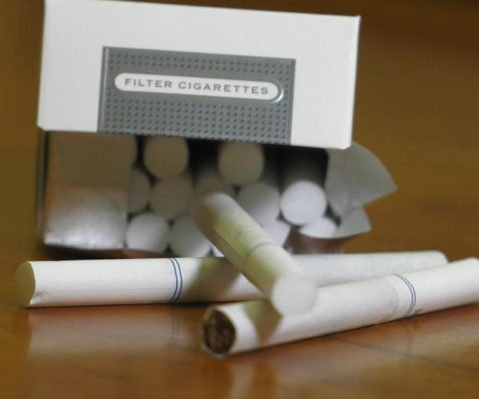 Use of 'light' cigarettes linked to rise in lung adenocarcinoma