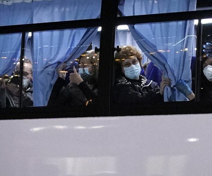 Coronavirus deaths rise in China; U.S. evacuates citizens from cruise ship