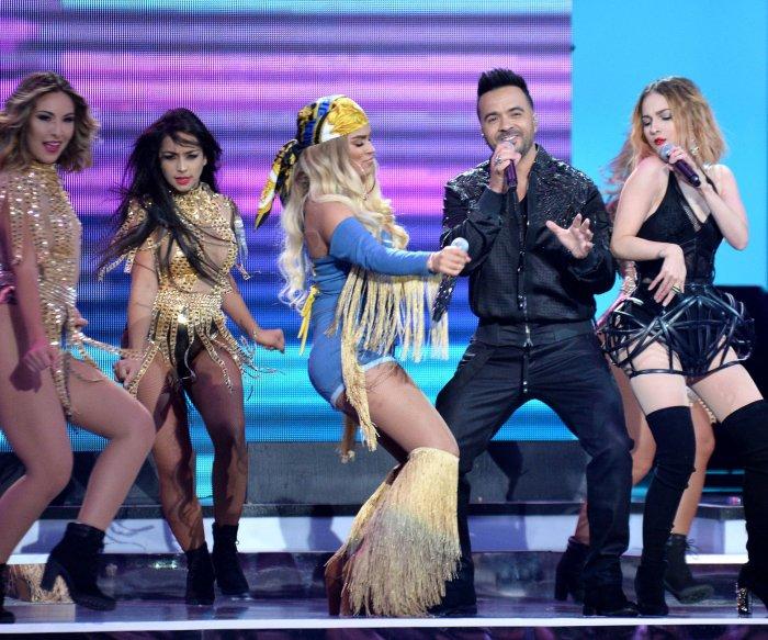 'Despacito' wins big at 2018 Latin Billboard Awards