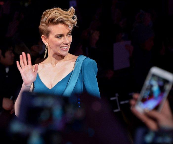 Scarlett Johansson premieres 'Ghost in the Shell' in Tokyo