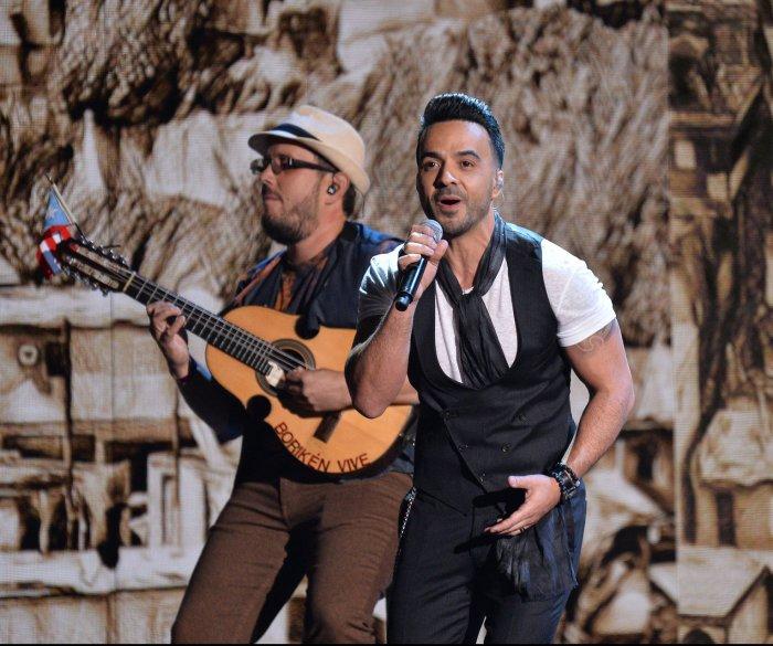 'Despacito' wins big at 2017 Latin Grammy Awards