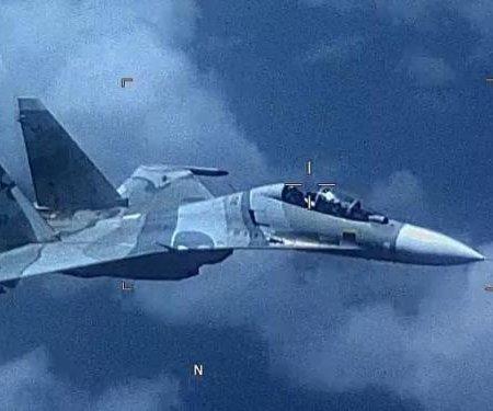 SOUTHCOM: Venezuelan fighter jet 'aggressively shadowed' U.S. aircraft