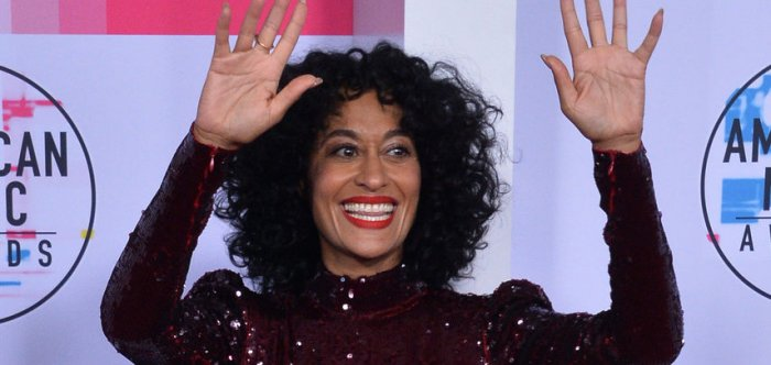 Host Tracee Ellis Ross, honoree Diana Ross walk the red carpet at the AMAs