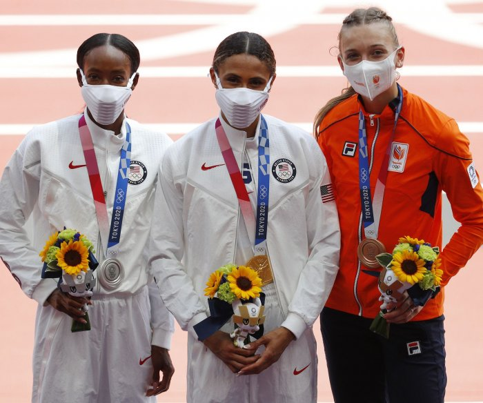 U.S. hurdlers McLaughlin, Muhammad win gold, silver in world record time