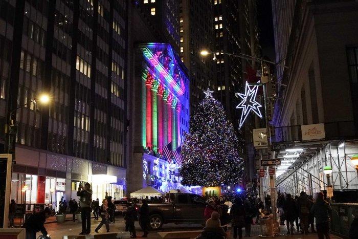 2019 NYSE Christmas tree lighting