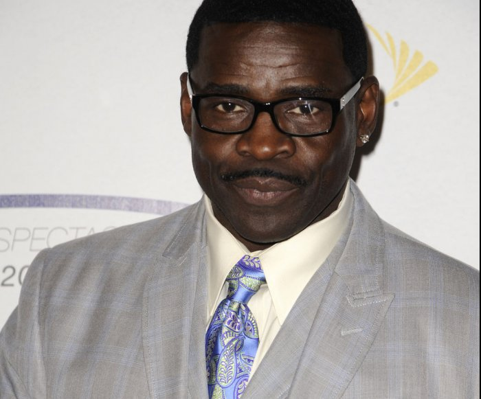 Police eyeing former Cowboys star Irvin in sexual battery case