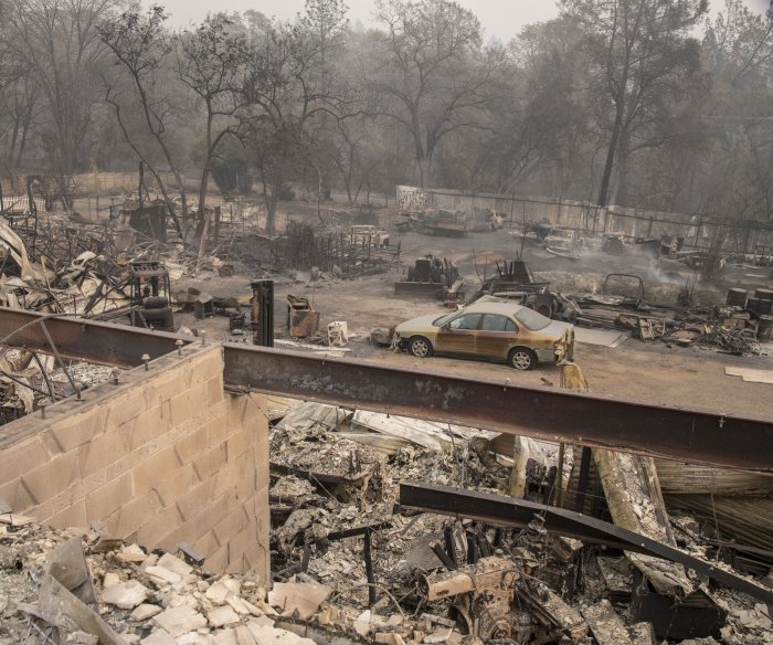 Trump visits site of Camp Fire: 71 now dead; more than 1,000 missing