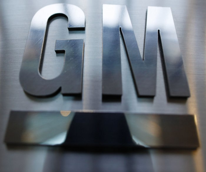Lawsuit: GM put 'defeat devices' on 700K trucks